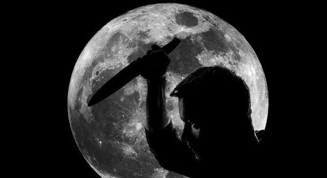 ナイフ 男