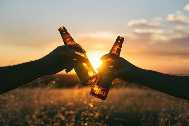 乾杯 瓶ビール