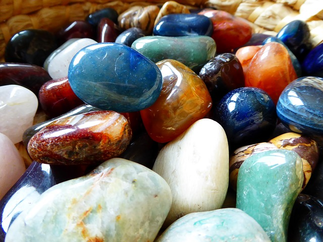 積み込んだきれいな石